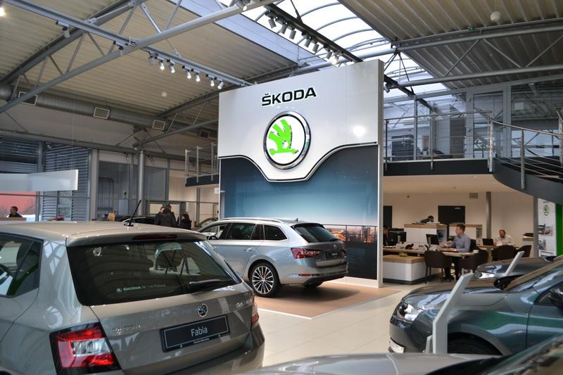 showrooms01